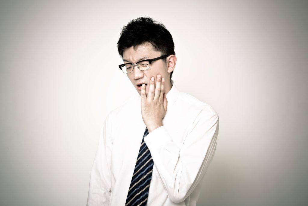 顎関節症 の男性