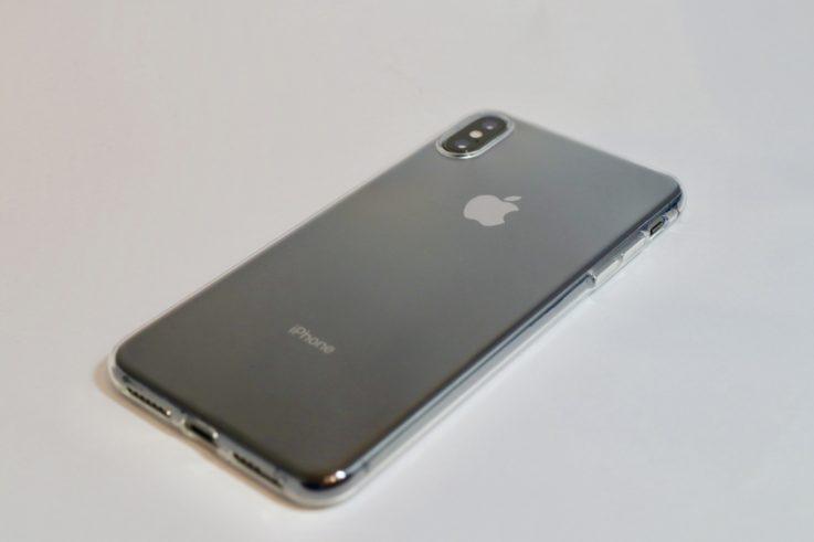 iphoneXsMAXの背面ケース付き