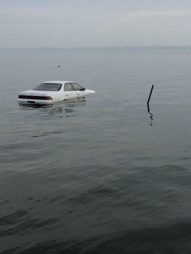 水没した車の高画質