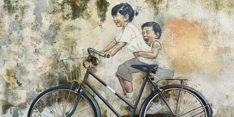 自転車と落書き