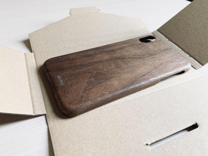 woodweのiphoneケースのパッケージ開封